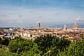 Florenz Panorama von Piazzale Michelangelo mit Ponte Vecchio und Duomo, Florenz, UNESCO Weltkulturerbe, Toskana, Italien, Europa