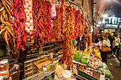 spain, Barcelona, market hall La Boqueria, fruits