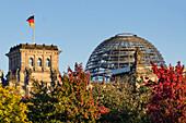 Reichtagsgebaeude, Kuppel, Herbst, Berlin