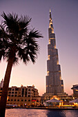 Burj Khalifa, highest Skycraper in the World, 828 meter, 2625 feet,  Burj Dubai, Dubai United Arab Emirates