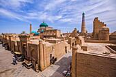 View on Pachlawan Machmud tomb and Islam Hodscha minaret, Khiva, Uzbekistan, Asia