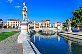 View of statues in Prato della Valle and Saint Anthony of Padua Basilica, Padua, Veneto, Italy, Europe