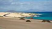 Parque Natural de las Dunas de Corralejo, Fuerteventura, El Jable, Lanzarote in the background, Canary Islands, Islas Canarias, Atlantic Ocean, Spain, Europe