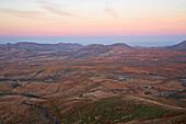 View from the viewpoint Mirador Morro Verlosa at La Ampuyenta, Fuerteventura, Canary Islands, Islas Canarias, Atlantic Ocean, Spain, Europe