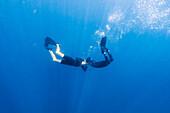 Couple underwater diving, Tambon Ko Tarutao, Chnag Wat Krabi, Thailand