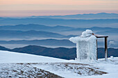 Hut on the summit of Monte Catria in winter, Apennines, Umbria, Italy, Europe