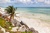 The Carribean Sea from Tulum's cliffs, Tulum archeological site, Tulum municipality, Quintana Roo, Mexico.