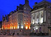 UK, Scotland, Edinburgh, Royal Mile, Radisson Hotel