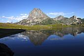 France, Nouvelle Aquitaine, Pyrenees Atlantiques (64), Bearn, Ossau valley (municipality of Laruns), pic du Midi d'Ossau (national park of Pyrenees) and Ayous lakes (Roumassot lake)