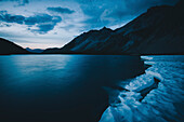 Ice floes in Seewisee in evening mood, E5, Alpenüberquerung, 2nd stage, Lechtal, Kemptner Hütte  to Memminger Hütte, tyrol, austria, Alps