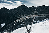 Söldner Ski lift prop on glacier, E5, Alpenüberquerung, 5th stage, Braunschweiger Hütte,Ötztal, Rettenbachferner, Tiefenbachferner, Panoramaweg to Vent, tyrol, austria, Alps