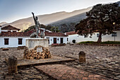 statue of Antonio Ricaurte, view at surrounding Andean peaks, Villa de Leyva, Departamento Boyacá, Colombia, South America