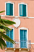 House facade, Piazza Bra, Verona, Veneto, Italy