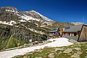 Hut refuge Viso, Giro di Monviso, Monte Viso, Monviso, Cottian Alps, France