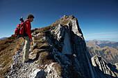 Brgsteiger, Aufstieg zur Mondscheinspitze, Nordflanke , Östliches Karwendelgebirge, Tirol, Österreich