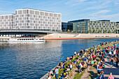 Office building, tourist boat, visitor, Spreebogen-Park, Berlin, Germany