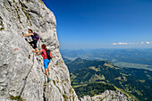 Two women rise above insured climb to the goll, Schuster dough, High Goll, Berchtesgaden Alps, Upper Bavaria, Bavaria, Germany