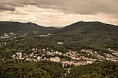 Blick vom Fremersberg auf Baden-Baden, Kur und Bäderstadt, Baden-Württemberg, Deutschland