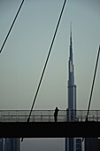 Tolerance Bridge, Dubai Water Canal, Burj Khalifa, Dubai, VAE, Vereinigte Arabische Emirate