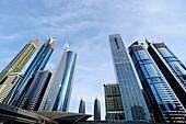 Metro, U-Bahn, Bahnhof Financal Centre, Hochhäuser, Sheikh Zayed Road, Dubai, VAE, Vereinigte Arabische Emirate