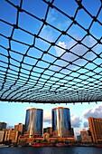 Netz, Fischernetz, Deira Twin Towers, Dubai Creek, Dubai, VAE, Vereinigte Arabische Emirate