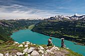 Blick vom Augstmatthorn auf den Brienzer See mit Brienz, Alpen, Berner Oberland, Schweiz, Europa