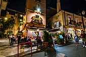 Old town and shoppingstreets of Taormina at night, Sicily, South Italy, Italy