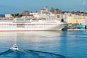 Cruise ship, Port, Old Town, San Juan, Puerto Rico, Caribbean, USA