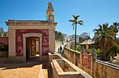 Pavillon mit bunten Fenstern und Azulejos, Palácio de Estói, Rokoko - Nachbau, Pousada, Estói, Distrikt Faro, Region Algarve, Portugal, Europa