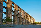 Amoreira - Aqueduct at Elvas, Aqueduto da Amoreira (built 1498-1622, 843 arches, up to 5 storeys, Architect: Francisco de Arruda), District Portalegre, Region of Alentejo, Portugal, Europe