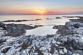 Sonnenuntergang am Mittelmeer auf der Insel Dugi Otok, Veli Rat, Zadar, Norddalmatien, Dalmatien, Kroatien, Südeuropa, Europa