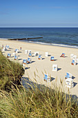Beach with beach chairs in Kampen, North Frisian Island Sylt, North Sea Coast, Schleswig-Holstein, Northern Germany, Germany, Europe