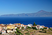Village of Agulo with Teneriffa with Teide in background, UNESCO World Heritage Teide,  La Gomera, Canary Islands, Canaries, Spain