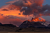View of Fitz Roy at dawn, Los Glaciares National Park, Patagonia, Argentina