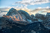 Italy, Trentino, Odle mountain range, Seceda and Sass Rigais at sunrise