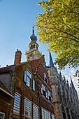 Market with town hall in Veere, Veerse Meer, Walcheren peninsula, Zeeland province, Netherlands, Holland