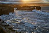 Playa de las Catedrales bei Ribadeo bei Flut, Sonnenuntergang, Galicien, Spanien, Europa