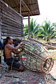 Thai people builds bamboo fish fry, Sukhothai, Thailand