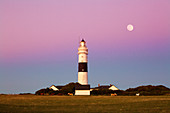 """Full moon over the lighthouse """"Red Cliff"""" at Kampen, Sylt, North Sea, Schleswig-Holstein, Germany"""