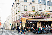 Restaurant, Montmartre, Paris, Île-de-France region, France