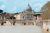 River Tiber, Ponte St. Angelo and St. Peter's dome, UNESCO World Heritage Site, Rome, Lazio, Italy, Europe