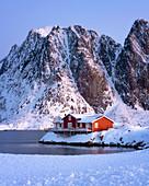 Rorbuer hut, rorbu, Sakrisoy, Moskenesoy, Lofoten Islands, Nordland, Arctic, Norway, Europe