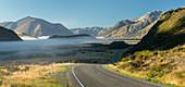 West Coast Road No. 73, Purple Hill, Arthur's Pass Nationalpark, Canterbury, Südinsel, Neuseeland, Ozeanien