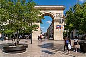 Porte Guillaume, Triumphal Arch, Place Darcy, Rue de la Liberte, Dijon, Burgundy, France