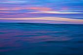Ozean und Himmel bei Sonnenaufgang, Sayulita, Nayarit, Mexiko
