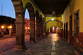 Kolonnade der Alten Welt, San Miguel de Allende, Guanajuato, Mexiko