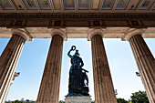 View of the Bavaria in front of the Hall of Fame from behind, Theresienwiese, Munich, Bavaria, Germany