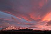 Berge bei Sonnenuntergang, Paine-Massiv, Torres Del Paine, Nationalpark Torres Del Paine, Patagonia, Chile