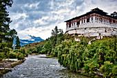 Paro Dzong or Rinpung Dzong over Paro Chu, Bhutan, Himalayas, Asia