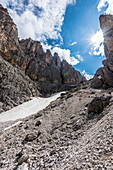 Wanderer in der Langkofelscharte, St. Christina in Gröden, Grödner Dolomiten, Südtirol, Alto Adige, Italien